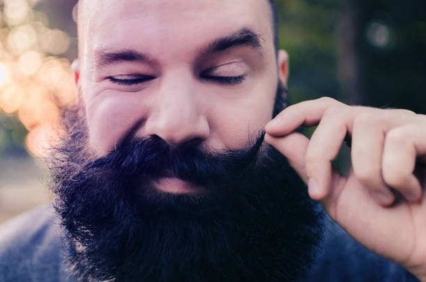 Comment-faire-pousser-sa-barbe-plus-vite-.jpg